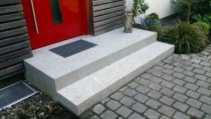 Granittreppe Hauseingang